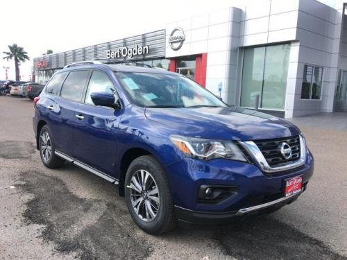 Photo Image Gallery & Touchup Paint: Nissan Pathfinder in Caspian Blue   (RBY)  YEARS: 2017-2018