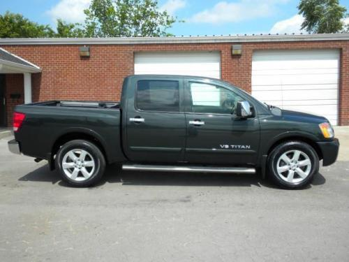 Photo Image Gallery & Touchup Paint: Nissan Titan in Timberline    (D51)  YEARS: 2008-2009