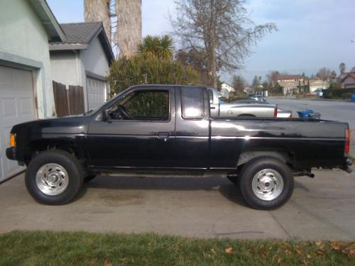 Photo Image Gallery & Touchup Paint: Nissan Truck in Thunder Black   (505)  YEARS: 1986-1990