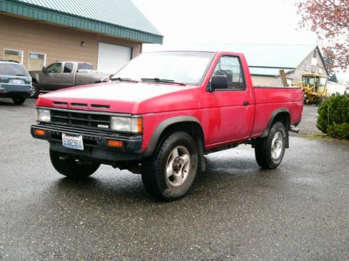 Photo Image Gallery & Touchup Paint: Nissan Truck in Aztec Red   (AG2)  YEARS: 1990-1992