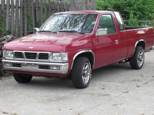 Photo Image Gallery & Touchup Paint: Nissan Truck in Cherry Red Pearl  (AH3)  YEARS: 1993-1997