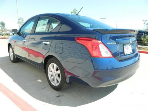 Photo Image Gallery & Touchup Paint: Nissan Versa in Blue Onyx   (B23)  YEARS: 2012-2014