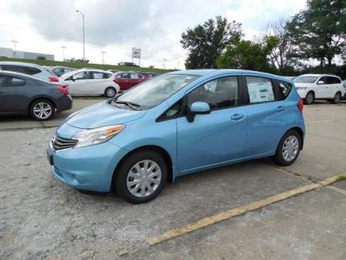 Photo Image Gallery & Touchup Paint: Nissan Versanote in Morningsky Blue   (RBE)  YEARS: 2014-2015