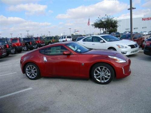 Photo Image Gallery & Touchup Paint: Nissan Z in Magma Red   (NAM)  YEARS: 2013-2013