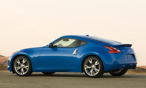 Photo Image Gallery & Touchup Paint: Nissan Z in Monterey Blue   (RAE)  YEARS: 2009-2012