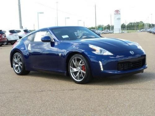 Photo Image Gallery & Touchup Paint: Nissan Z in Deep Blue Pearl  (RAY)  YEARS: 2016-2018