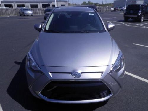 Photo Image Gallery & Touchup Paint: Scion IA in Sterling    (38P)  YEARS: 2016-2016