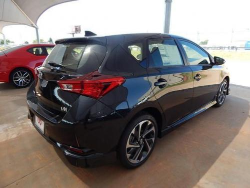 Photo Image Gallery & Touchup Paint: Scion IM in Black Sand Pearl  (209)  YEARS: 2016-2017