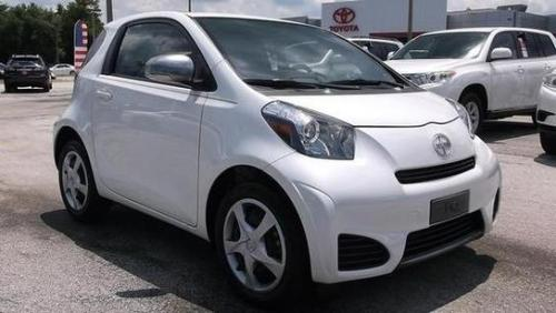 Photo Image Gallery & Touchup Paint: Scion IQ in Blizzard Pearl   (070)  YEARS: 2012-2015