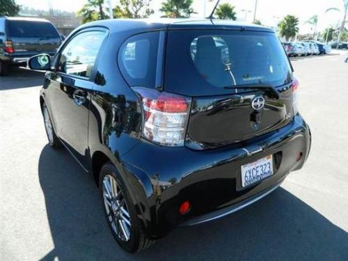 Photo Image Gallery & Touchup Paint: Scion IQ in Black Sand Pearl  (209)  YEARS: 2012-2015
