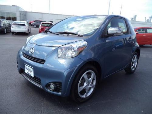Photo Image Gallery & Touchup Paint: Scion IQ in Pacific Blue Metallic  (8R3)  YEARS: 2012-2015