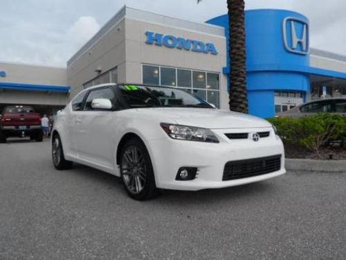 Photo Image Gallery & Touchup Paint: Scion TC in Super White   (040)  YEARS: 2011-2014
