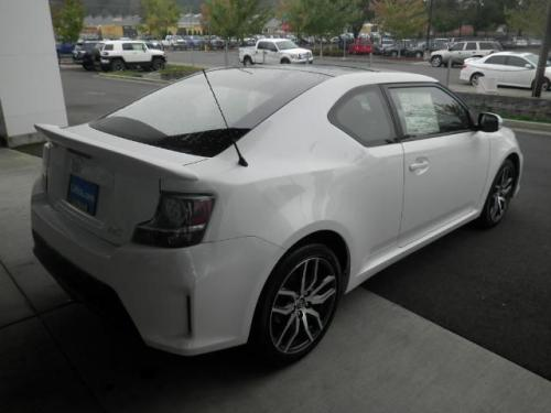 Photo Image Gallery & Touchup Paint: Scion TC in Blizzard Pearl   (070)  YEARS: 2015-2016