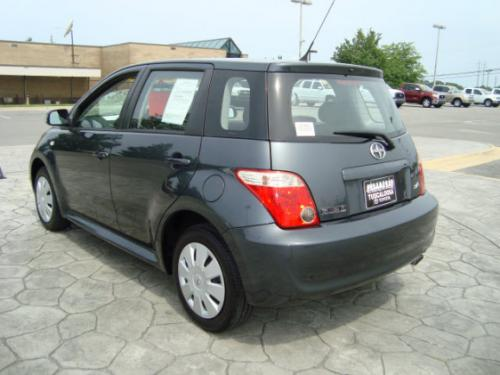 Photo Image Gallery & Touchup Paint: Scion XA in Flint Mica   (1E0)  YEARS: 2006-2006