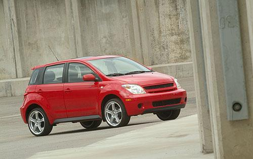 Photo Image Gallery & Touchup Paint: Scion XA in Absolutely Red   (3P0)  YEARS: 2005-2005