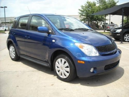Photo Image Gallery & Touchup Paint: Scion XA in Spectra Blue Mica  (8M6)  YEARS: 2005-2005