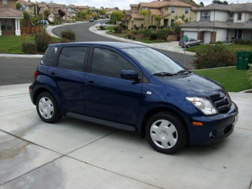 Photo Image Gallery & Touchup Paint: Scion XA in Indigo Ink Pearl  (8P4)  YEARS: 2004-2006