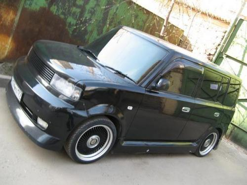 Photo Image Gallery & Touchup Paint: Scion XB in Black Sand Pearl  (209)  YEARS: 2004-2006