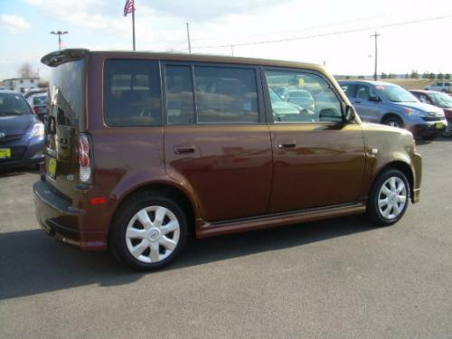 Photo Image Gallery & Touchup Paint: Scion XB in Torched Penny   (3R2)  YEARS: 2006-2006
