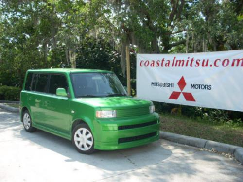 Photo Image Gallery & Touchup Paint: Scion XB in Envy Green   (6U1)  YEARS: 2006-2006