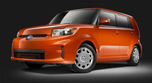 Photo Image Gallery & Touchup Paint: Scion XB in Hot Lava   (4R8)  YEARS: 2012-2012