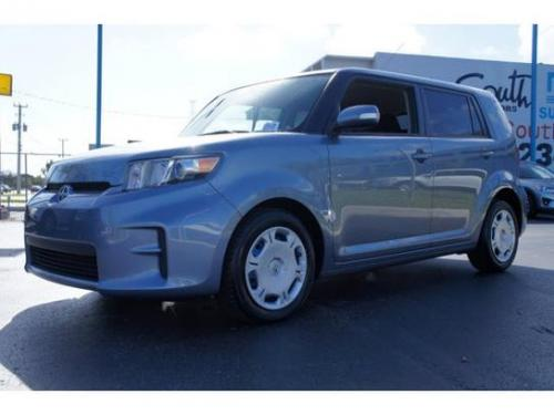 Photo Image Gallery & Touchup Paint: Scion XB in Stingray Metallic   (8T4)  YEARS: 2009-2012