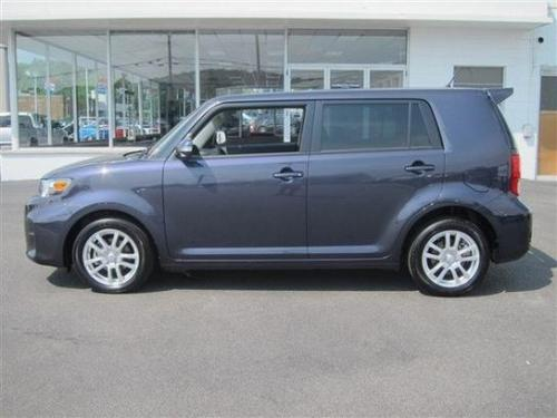 Photo Image Gallery & Touchup Paint: Scion XB in Elusive Blue Metallic  (9AF)  YEARS: 2011-2012