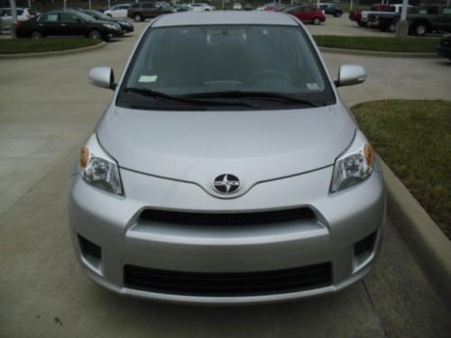Photo Image Gallery & Touchup Paint: Scion XD in Classic Silver Metallic  (1F7)  YEARS: 2011-2014