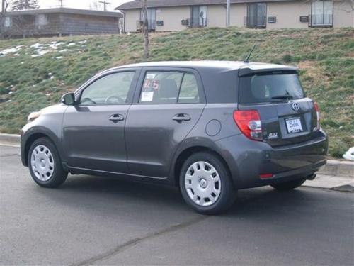 Photo Image Gallery: Scion XD in Black Sand On Magnetic (2MB)  YEARS: -
