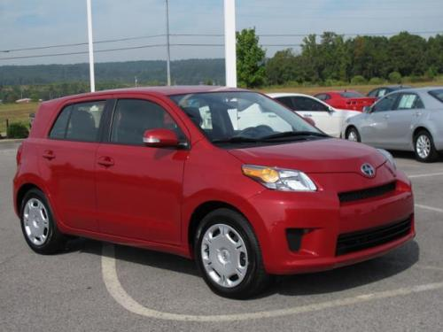 Photo Image Gallery & Touchup Paint: Scion XD in Barcelona Red Metallic  (3R3)  YEARS: 2008-2014
