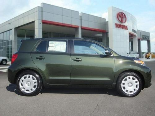 Photo Image Gallery & Touchup Paint: Scion XD in Amazon Green Metallic  (6V2)  YEARS: 2011-2012