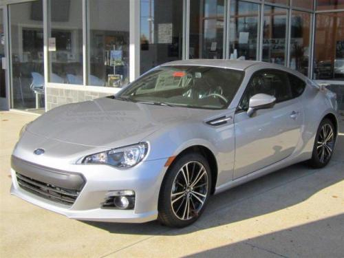 Photo Image Gallery & Touchup Paint: Subaru Brz in Ice Silver Metallic  (G1U)  YEARS: 2015-2018