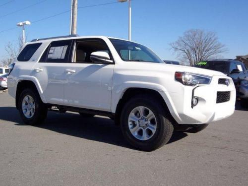 Photo Image Gallery & Touchup Paint: Toyota 4runner in Super White   (040)  YEARS: 2014-2017