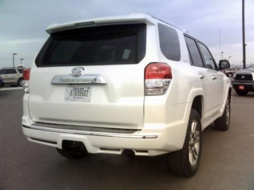 Photo Image Gallery & Touchup Paint: Toyota 4runner in Blizzard Pearl   (070)  YEARS: 2010-2017