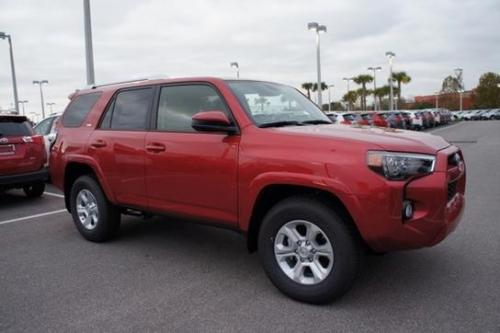Photo Image Gallery & Touchup Paint: Toyota 4runner in Barcelona Red Metallic  (3R3)  YEARS: 2017-2017