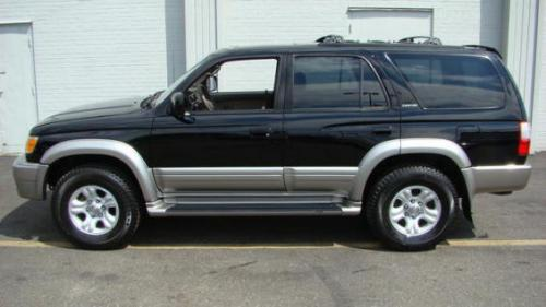 Photo Image Gallery & Touchup Paint: Toyota 4runner in Black Thundercloud   (KG1)  YEARS: 2001-2002
