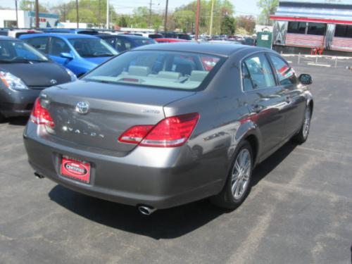 Photo Image Gallery & Touchup Paint: Toyota Avalon in Phantom Gray Pearl  (1E3)  YEARS: 2005-2007