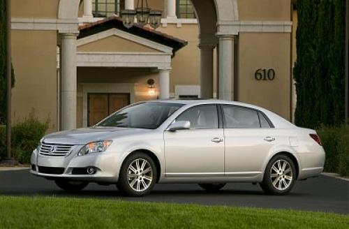 Photo Image Gallery & Touchup Paint: Toyota Avalon in Classic Silver Metallic  (1F7)  YEARS: 2008-2012