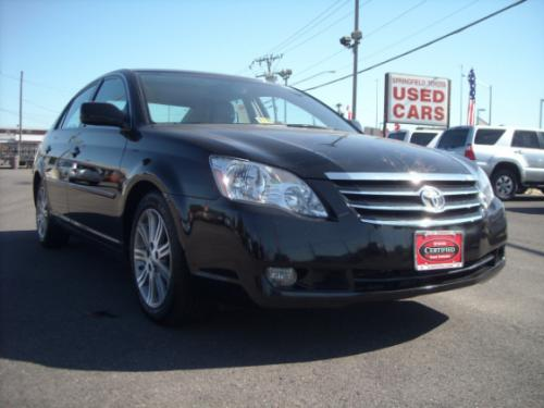 Photo Image Gallery & Touchup Paint: Toyota Avalon in Black    (202)  YEARS: 2005-2012