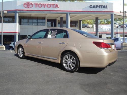 Photo Image Gallery & Touchup Paint: Toyota Avalon in Sandy Beach Metallic  (4T8)  YEARS: 2009-2012
