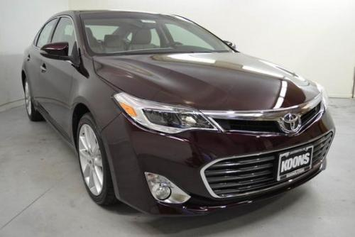 Photo Image Gallery & Touchup Paint: Toyota Avalon in Sizzling Crimson Mica  (3R0)  YEARS: 2013-2017