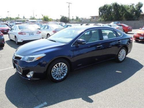 Photo Image Gallery & Touchup Paint: Toyota Avalon in Nautical Blue Metallic  (8S6)  YEARS: 2013-2013