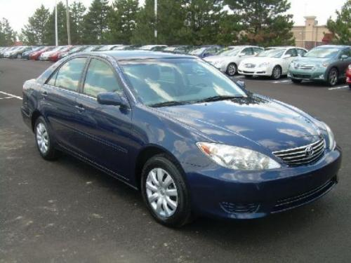 Photo Image Gallery & Touchup Paint: Toyota Camry in Indigo Ink Pearl  (8P4)  YEARS: 2005-2006