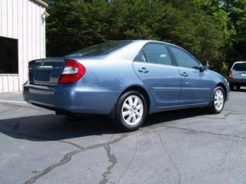 Photo Image Gallery & Touchup Paint: Toyota Camry in Catalina Blue Pearl  (8Q2)  YEARS: 2002-2004