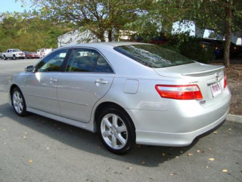 Photo Image Gallery & Touchup Paint: Toyota Camry in Titanium Metallic   (1D4)  YEARS: 2007-2007