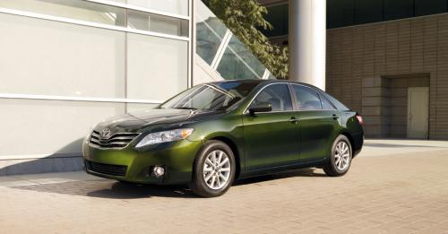 Photo Image Gallery & Touchup Paint: Toyota Camry in Spruce Mica   (6V4)  YEARS: 2010-2011