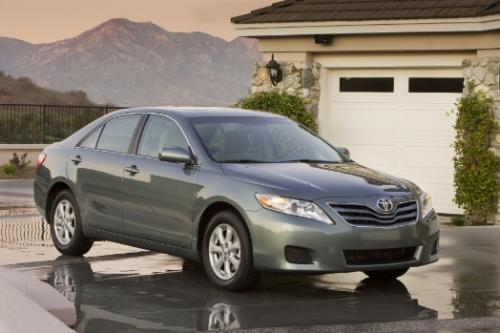 Photo Image Gallery & Touchup Paint: Toyota Camry in Aloe Green Metallic  (776)  YEARS: 2007-2011