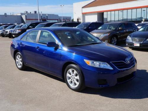 Photo Image Gallery & Touchup Paint: Toyota Camry in Blue Ribbon Metallic  (8T5)  YEARS: 2007-2011