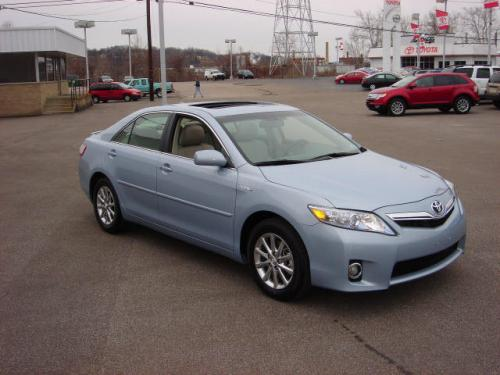 Photo Image Gallery & Touchup Paint: Toyota Camry in Blue Whisper Mica  (8U8)  YEARS: 2010-2011