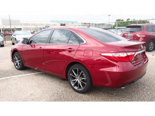 Photo Image Gallery & Touchup Paint: Toyota Camry in Ruby Flare Pearl  (3T3)  YEARS: 2015-2017